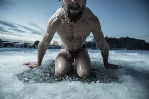 8 WAYS COLD SHOWERS MAKE YOU A BETTER MAN